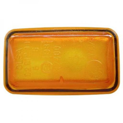 Feu clignotant gauche / droit orange AUDI A6 de 94 à 97 - OEM : 4A0949101