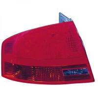 Feu arrière gauche AUDI A4 de 04 à 07 - OEM : 8E5945096