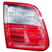 Feu arrière droit blanc MERCEDES CLASSE E (W210) de 99 à 02 - OEM : 50152629