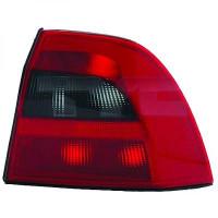 Feu arrière gauche OPEL VECTRA B de 99 à 02 - OEM : 1223242