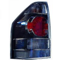 Feu arrière droit 3 portes MITSUBISHI PAJERO 4 de 07 à >> - OEM : 8330A600