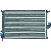 Radiateur, refroidissement du moteur 582 x 405 x 16 de 08 à >> - OEM : 8200735039