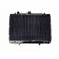 Radiateur, refroidissement du moteur 374 x 600 de 96 à 07 - OEM : MR127853